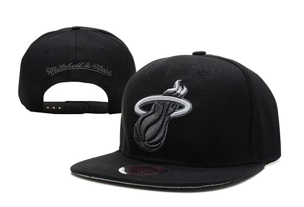 new products 61730 b05bf NBA Miami Heat MN Snapback Hat  51